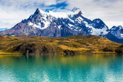 Torres del Paine desde Lago Pehoé